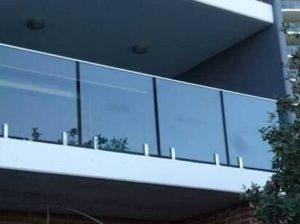 frameless glass on balcony