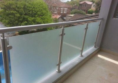 frameless-glass-fencing-3